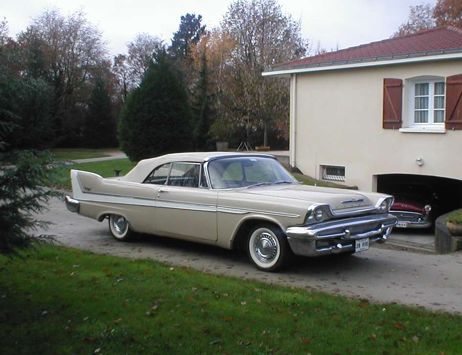 58 Desoto For Sale http://ch300imp.com/autres_us.htm